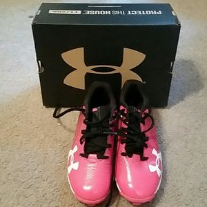 Girls Baseball Cleats